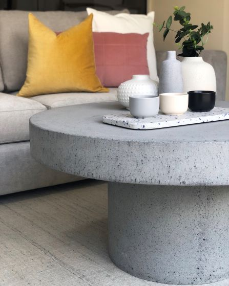 coffee-table-and-accessories